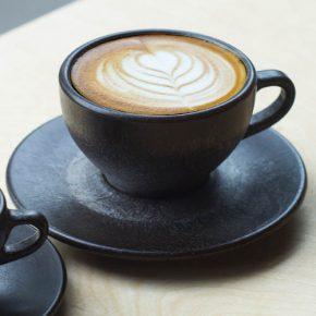 KAFFEEFORM. Cappuccinokop van koffiedik
