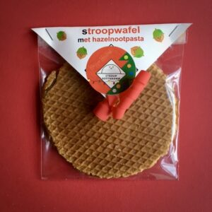 Stroopwafel Large met Hazelnootpasta van Stroop Rotterdam